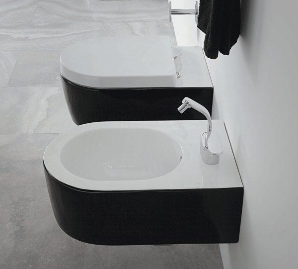 Link 2 kleurig zwart wit