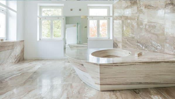 marmeren badkamer