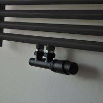Radiatorkraan-Mat zwart-middenaansluiting-haaks-rechts